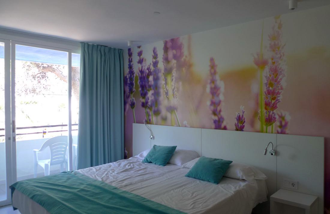 Marina playa ibiza hotel interiordesignmarbella for Design hotel ibiza